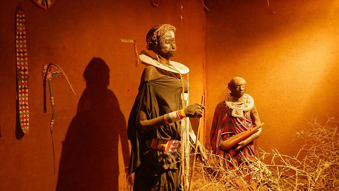 Maasai Museum zwei junge Frauen