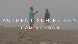 authentisch reisen coming soon Kurs hintergrund zwei menschen